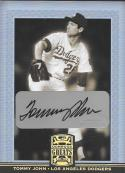 2005 Donruss Greats Signature Gold HoloFoil #83 Tommy John NM-MT Auto Dodgers